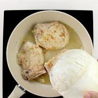 Hướng dẫn làm món Sườn ram nước dừa