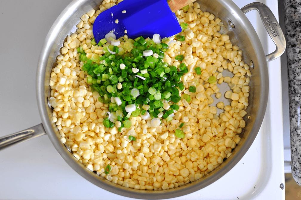 Cách làm bắp xào tôm khô